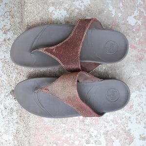 Fitflop thong sandals size 9
